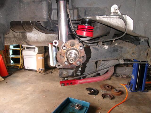 Brakes - PS Stub axle.JPG